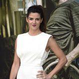 Clara Lago de blanco en la premiere de 'Al final del túnel'
