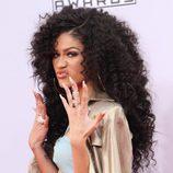 Zendaya en la 42 edición de 'American Music Awards'