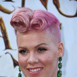Pink en la premiere de 'Alice through the looking glass'