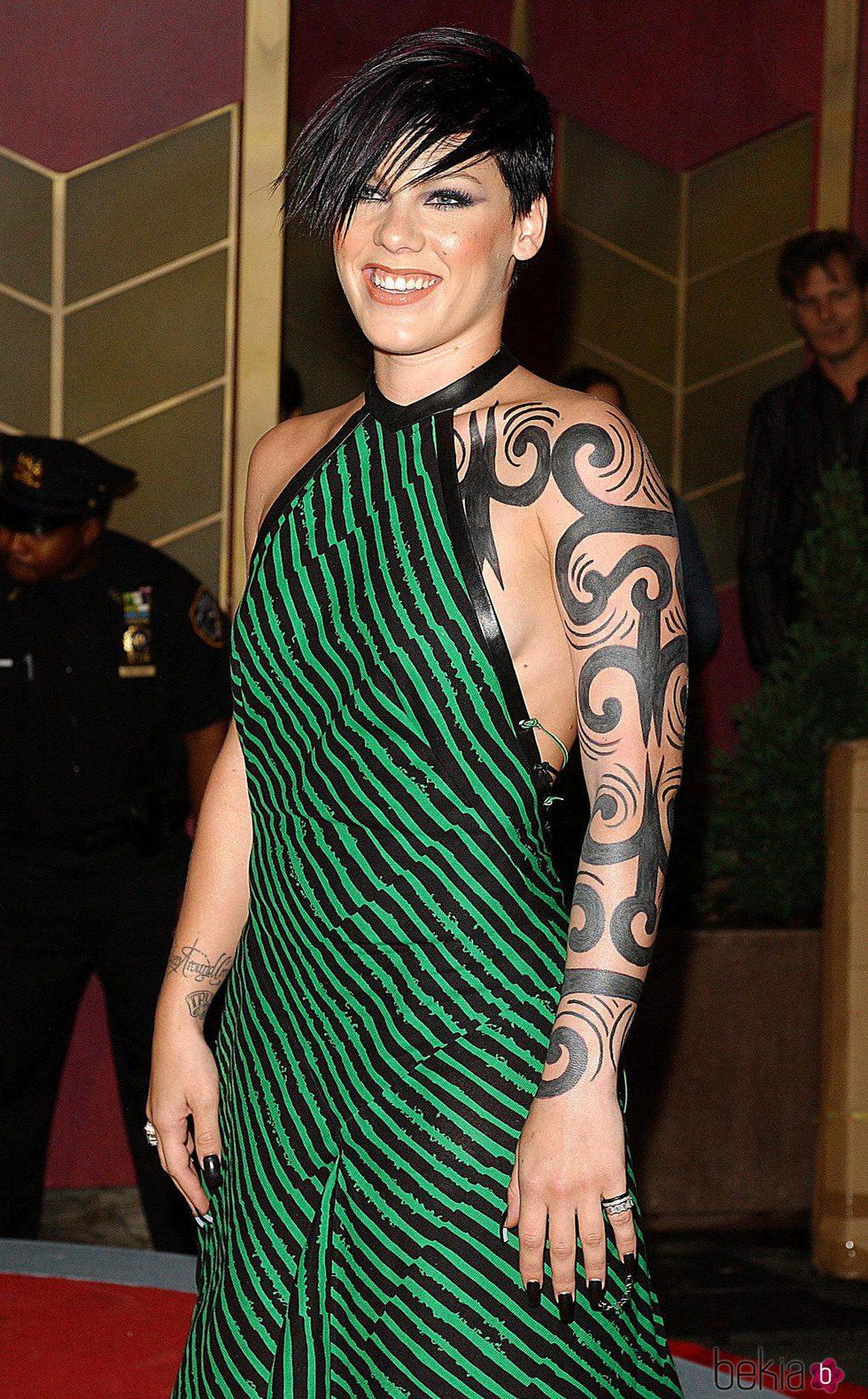 Pink en los premios MTV ' Video Music Awards 2002