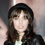 Leticia Dolera con el pelo natural y un sombrero