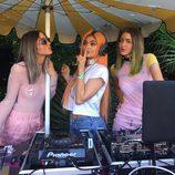 Kylie Jenner con el pelo naranja en Coachella