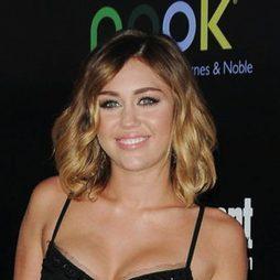 Miley Cyrus apuesta por el estilo 'long bob'