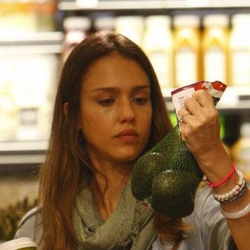 Jessica Alba, la naturalidad de compras
