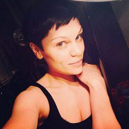 Jessie J vuelve a ser morena