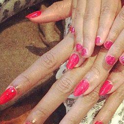 Beyoncé y Blue Ivy comparten manicura