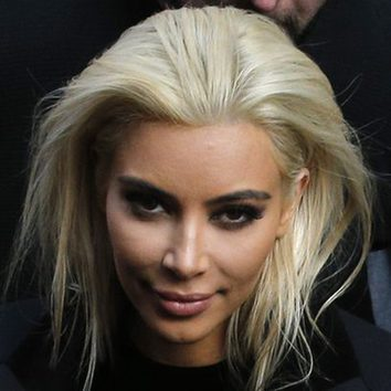 Kim Kardashian copia el rubio a Khloe