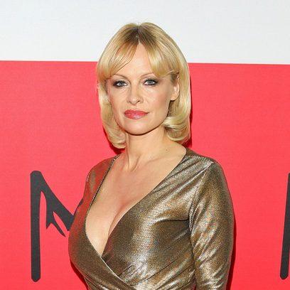 Pamela Anderson se pasa a la melena corta