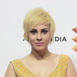 Alba García se pasa al bob amarillo pollo