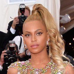 Beyoncé apuesta por la coleta alta