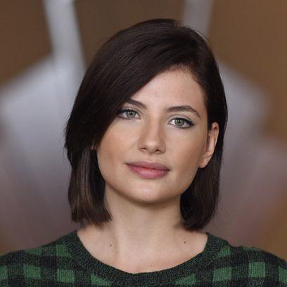 Miriam Giovanelli se pasa al moreno