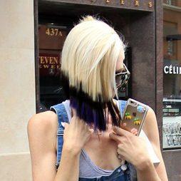 Gwen Stefani se pasa con el color