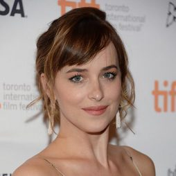 Dakota Johnson, una mirada angelical