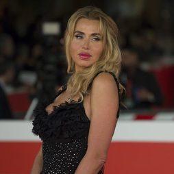 Valeria Marini, unos labios maxicarnosos