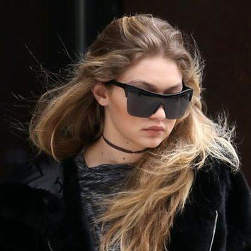 Gigi Hadid, melena al viento