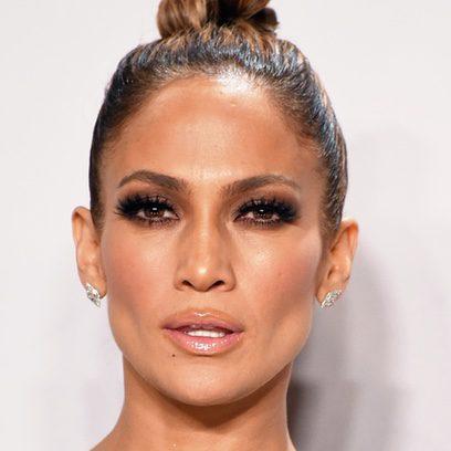 Jennifer Lopez se pasa con el gloss