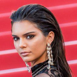 Kendall Jenner apuesta por el 'efecto mojado'