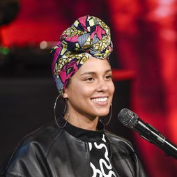Alicia Keys: impactante con o sin make up