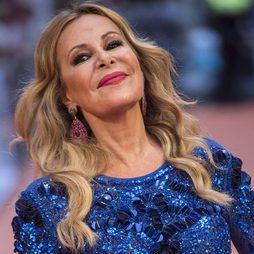 Ana Obregón se luce con un look mate