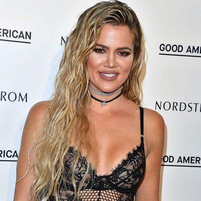 Khloé Kardashian trae de vuelta el look efecto mojado