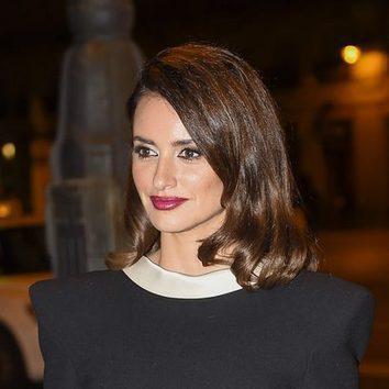 Penélope Cruz, sencilla para acudir a la fiesta de 'La Reina de España'