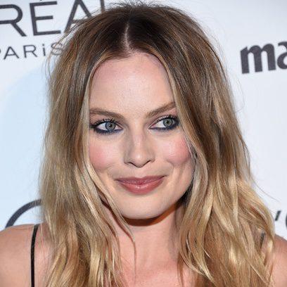 Margot Robbie se decide por un look de melena alborotada