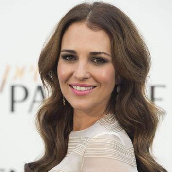 Paula Echevarría combina el look smokey con los labios rosas