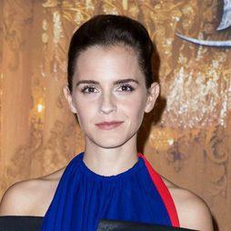 Emma Watson se decide por un recogido pulido