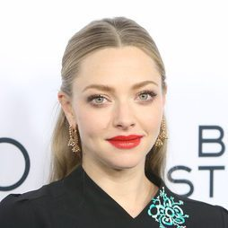 Amanda Seyfried apuesta por un make up luminoso