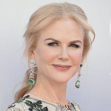 Nicole Kidman opta por una elegante coleta