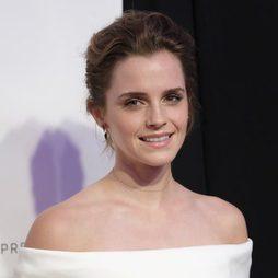 Emma Watson y su sombra dorada