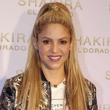 La coleta alta con trenza de Shakira