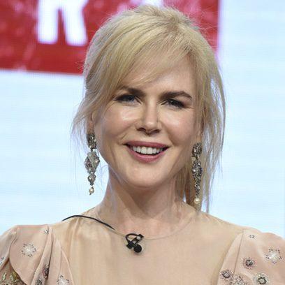 Nicole Kidman favorecida con recogido informal