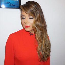 Eva Longoria apuesta por el rojo