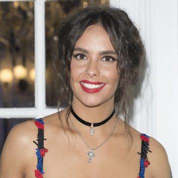 Cristina Pedroche luce un peinado con raya al medio