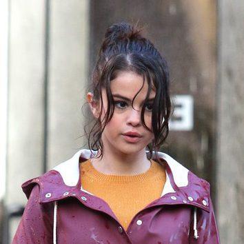 El wet hair forzado de Selena Gomez