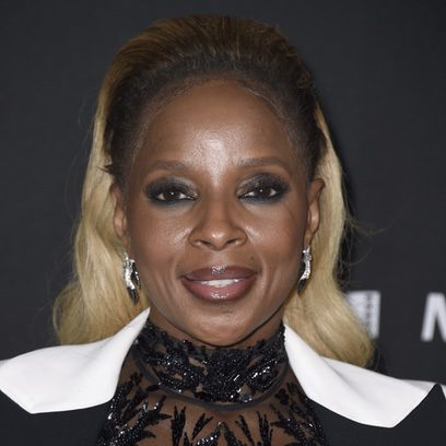 El excesivo maquillaje de Mary J. Blige