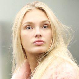 Romee Strijd, la belleza holandesa sin maquillaje