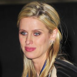 Nicky Hilton y su fallido smokey-eyes