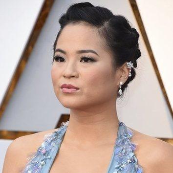 Kelly Marie con un peinado digno de Oscars
