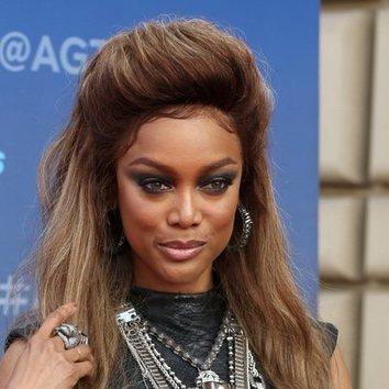 Tyra Banks, reina del smokey eyes