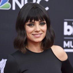 Mila Kunis estrena look en los Billboard 2018