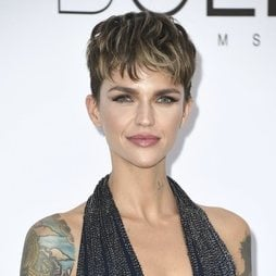 El flequillo de Ruby Rose que no convence