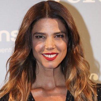 El cabello ondulado de Juana Acosta