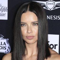 La sutileza del beauty de Adriana Lima