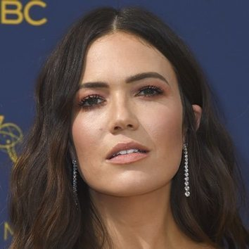 La elegancia domina el beauty de Mandy Moore