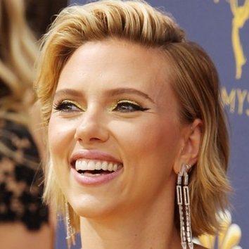 Scarlett Johansson, radiante en los Premios Emmy 2018