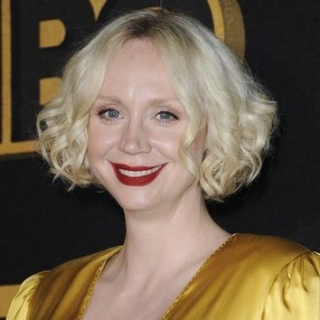 Gwendoline Christie acierta en los Emmys