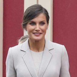 La Reina Letizia apuesta por los tonos del otoño