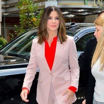 Sandra Bullock abusa del blush